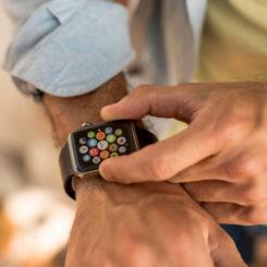 Tips Memilih Smartwatch dan Rekomendasi Smartwatch yang Sesuai dengan Kebutuhan Anda